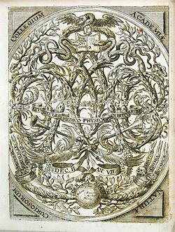 Titelbild des ersten deutschen Wissenschaftsjournals, das seit 1670 von der Gesellschaft herausgegeb wird. Quelle: Eigenes Werk from Miscellanea Curiosa (Decuria II, Annus VII = 1688), Urheber: WolfgangMichel / Wikimedia Commons