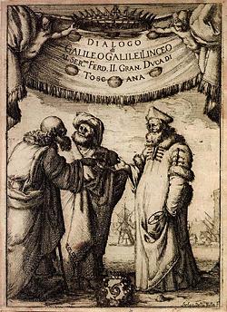 """Titelblatt von Galileis """"Dialog über die zwei Weltsysteme"""": Es diskutieren Aristoteles, Ptolemäus und Kopernikus miteinander. Quelle: Wikimedia Commons / Original uploader was APPER at de.wikipedia"""