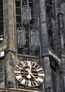 Die Täuferkörbe an der Kirche St. Lamberti in Münster.