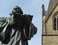 Luther-Denkmal in Erfurt; Bild: Find-das-Bild.de / Michael Schnell